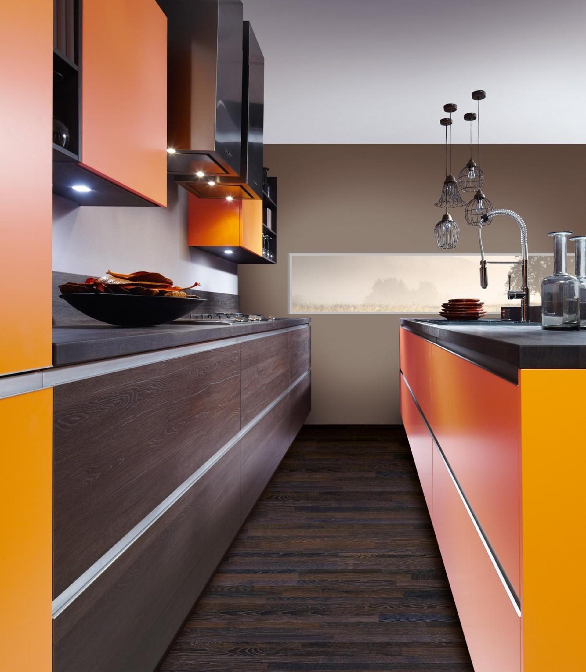 Кухня Schröder Color Orange & Sincrono Tobacco Oak фото 2
