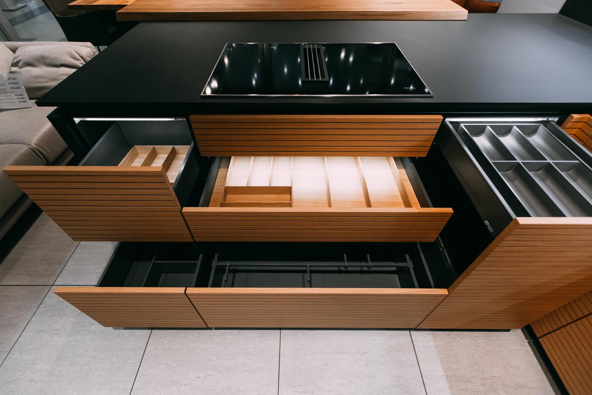 Немецкая кухня Fenix Black, Кухни Schröder, фото 2