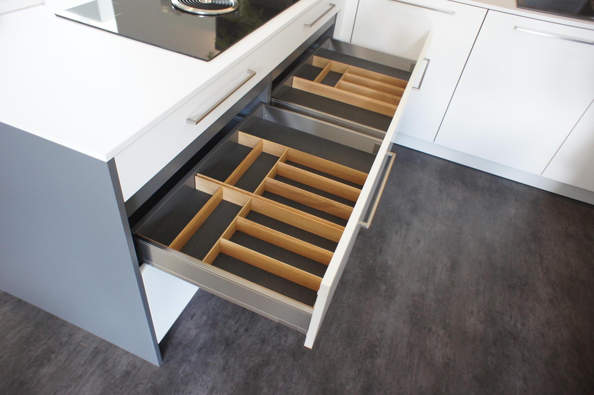 Кухня Nieburg ELEMENTS фото 4