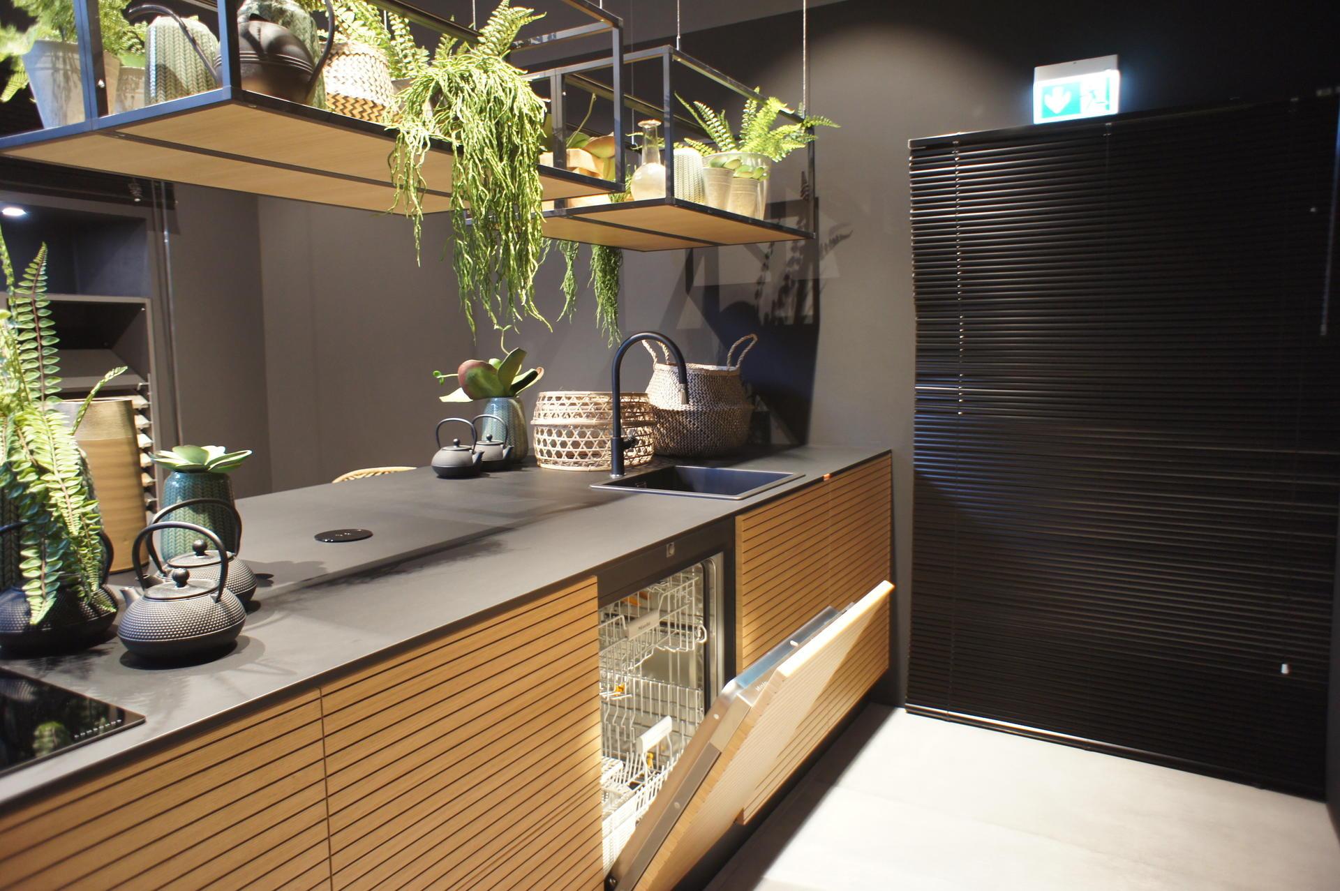 Кухни Schröder, Black Line natur Extrem black, фото 6