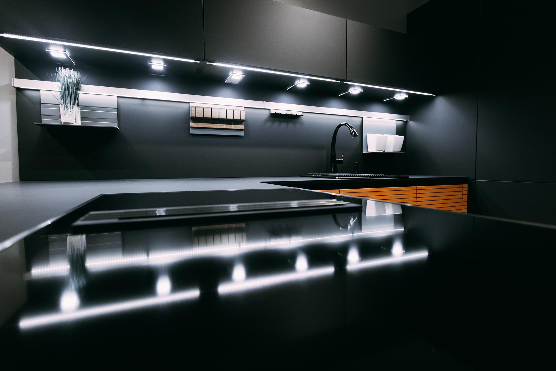 Немецкая кухня Fenix Black, Кухни Schröder, фото 4